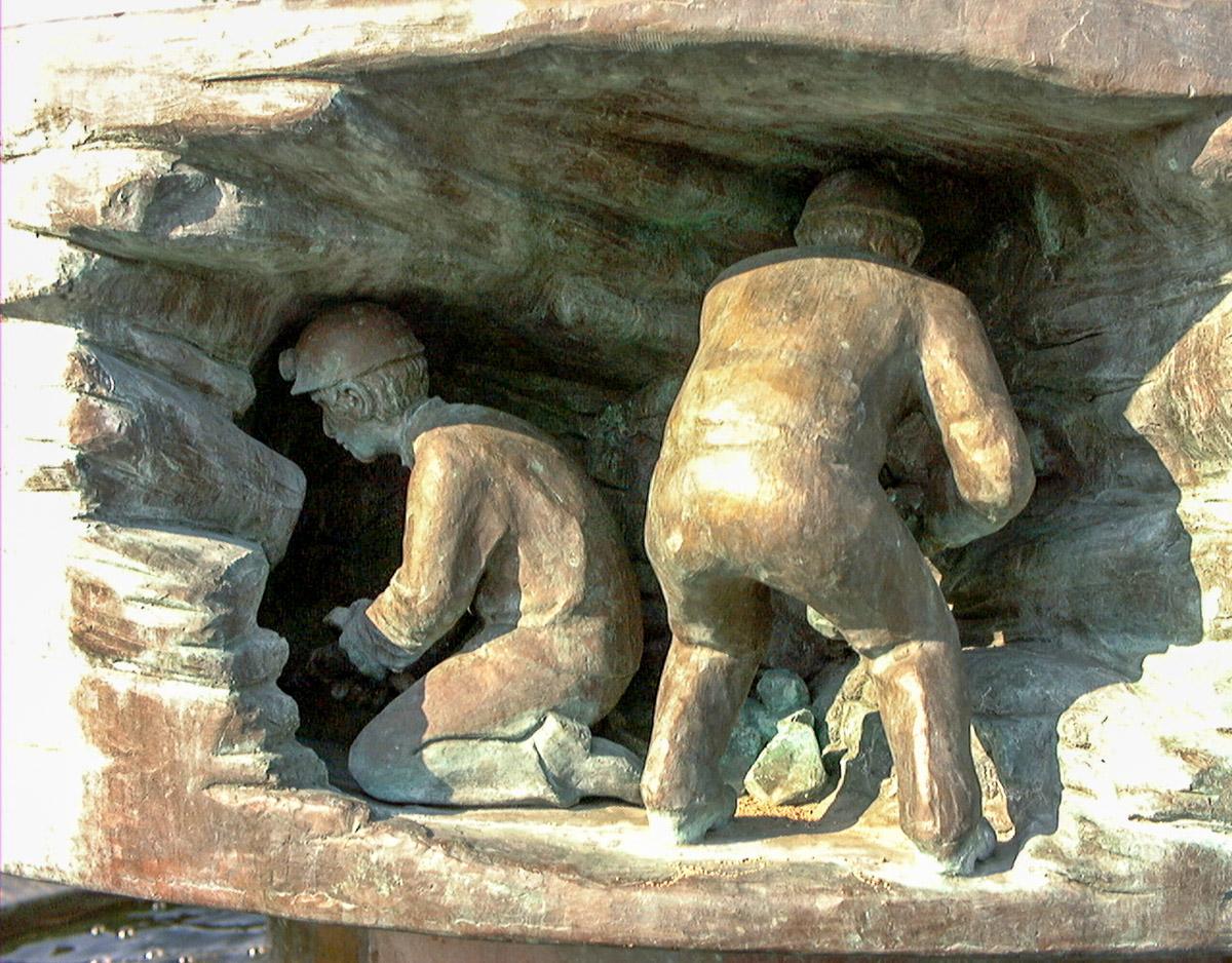 bergmannbrunnen_hauer